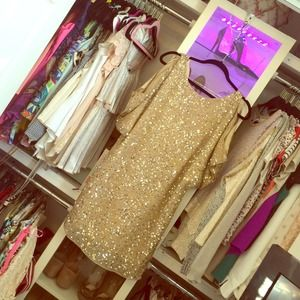 Stunning gold sequin dress