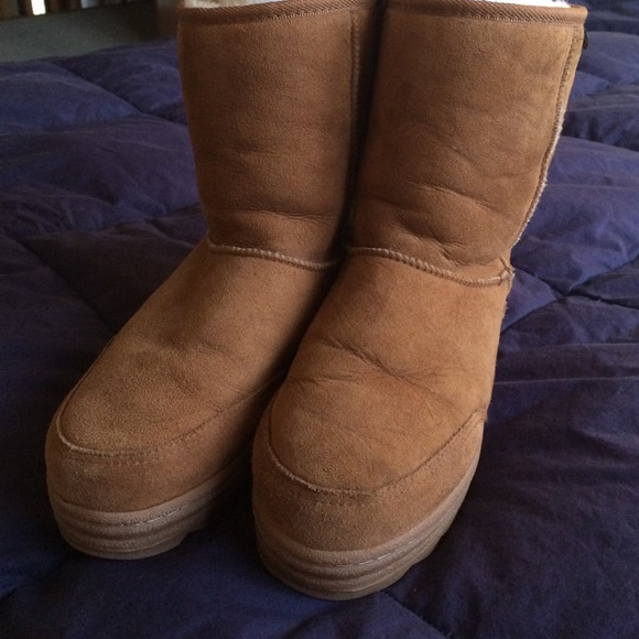 brown ugg type boots