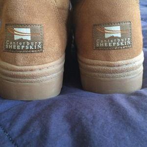 4a0127c6840 Canterbury Sheepskin Ugg style boots