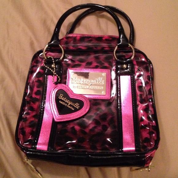 4fbda77cc2a791 Betsey Johnson Handbags - Betsy Johnson Pink/ Black Leopard print makeup bag