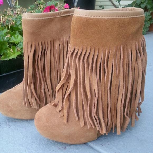 9ead4cfc31d9 Koolaburra Shoes - Koolaburra Wedge Booties