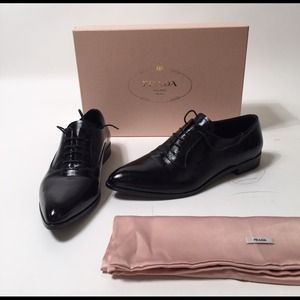 Prada Shoes - Prada Black Leather Oxfords