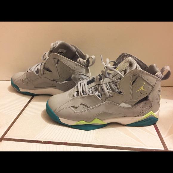 save off 3e24c 8c742 Jordan Shoes - Jordan true flight girls grade school