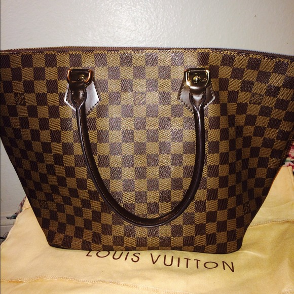 b92c2e8862bc Handbags - grade 1.1 Louis Vuitton