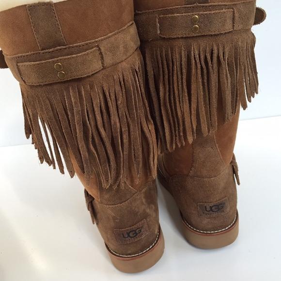 51% off UGG Boots - Ugg Australia dauphine fringe cuff boots Sz 7 ...