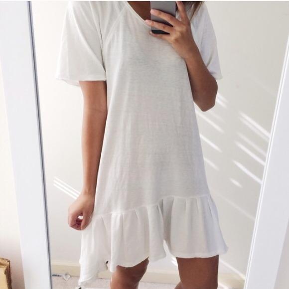4abef582723 Free People Dresses   Skirts - FREE PEOPLE Soft White Ruffled T-Shirt Dress  Tunic