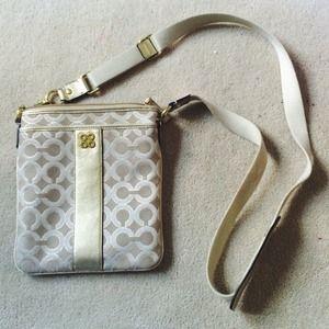 original hermes birkin handbags - coach swingpack crossbody bag on Poshmark