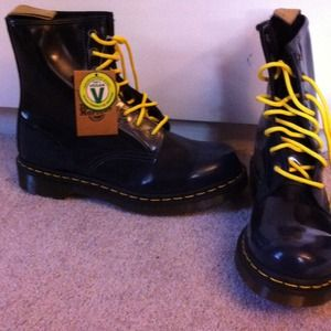 Dr Martens Shoes Navy Blue Doc Martens With Yellow Laces Poshmark