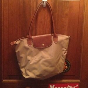 **SALE** Longchamp le pliage