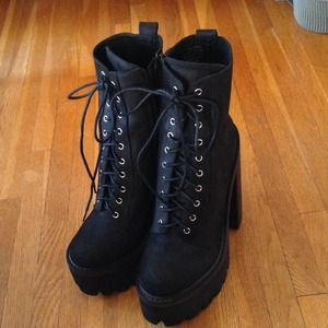Jeffrey Campbell syndicate