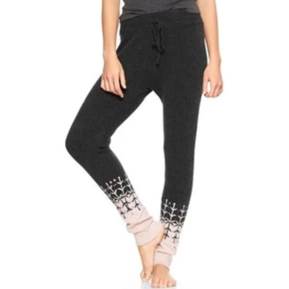 69% off GAP Pants - Gap GapBody Fair Isle Sweater Leggings Tights ...