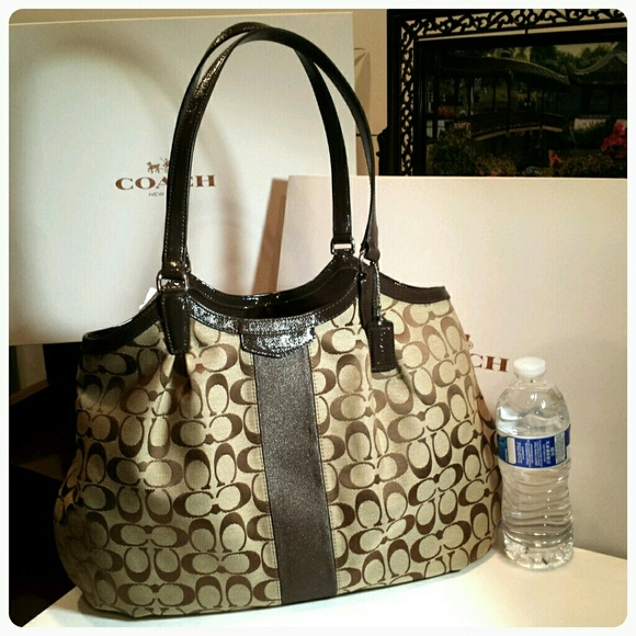 coach bags outlet online stores 2si8  coach on clearance