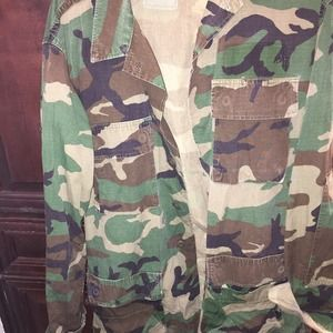Other - Men's camouflage jacket sz small extra long