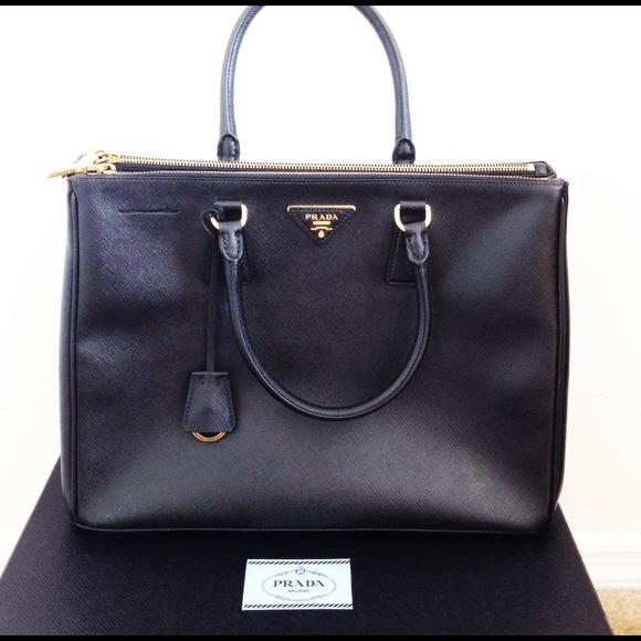 Prada Saffiano double zip bag. 3d5640b156260