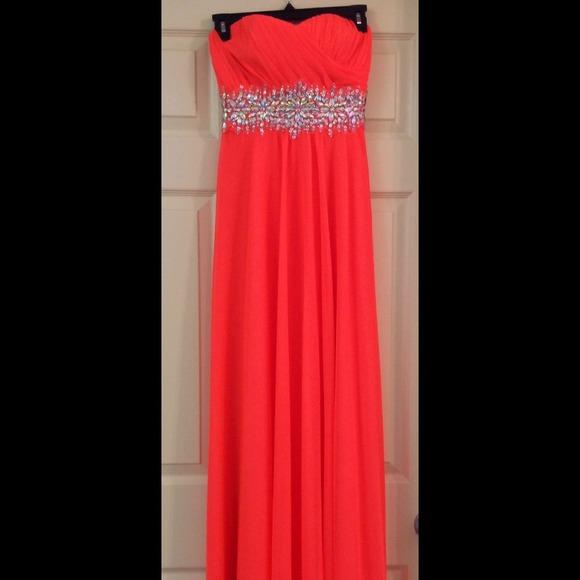 d6bcd5af5 sequin hearts Dresses | Long Formal Gown | Poshmark