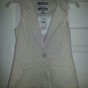 Oatmeal Cutout Vest button faux pockets stretchy