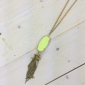 Kendra Scott Jewelry - Kendra Scott Rayne Necklace in Neon Yellow