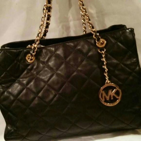 a5409db869d7c3 MICHAEL Michael Kors Bags | Mk Savannah Quilted Medium Leather Tote ...