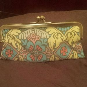 Lulu Clutch Wallet