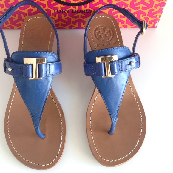 46534c694 TORY BURCH BLUE NILE CASEY WEDGE. SIZE 10