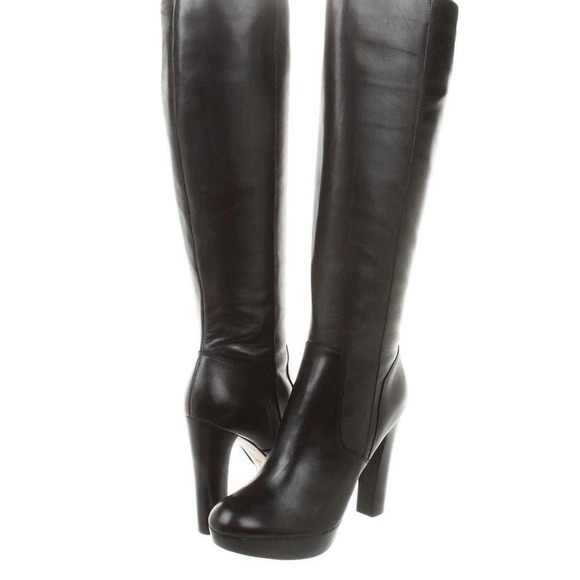668de3a123be Michael by Michael Kors Lesly Boot. M 54591219665aa020fb17bd2b