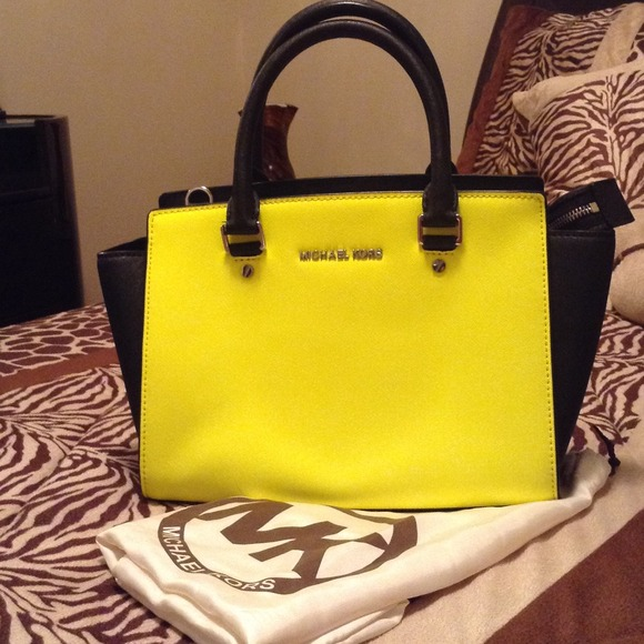 7313ceb8a2a9 wholesale nwot authentic michael kors selma colorblock bag 2de25 e920c