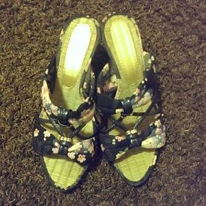 Shoes - Japanese Wedge Heels