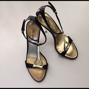 Gold Y Strap With Silver Heels