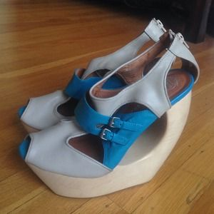 Jeffrey Campbell Blue & Nude Sandals RaRE