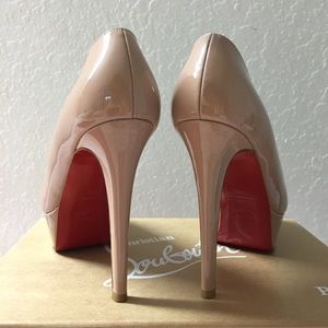 $450 💯Authentic Christian Louboutin Bianca