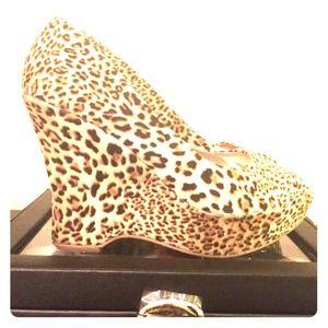 Express Shoes - Express Cheetah Wedges