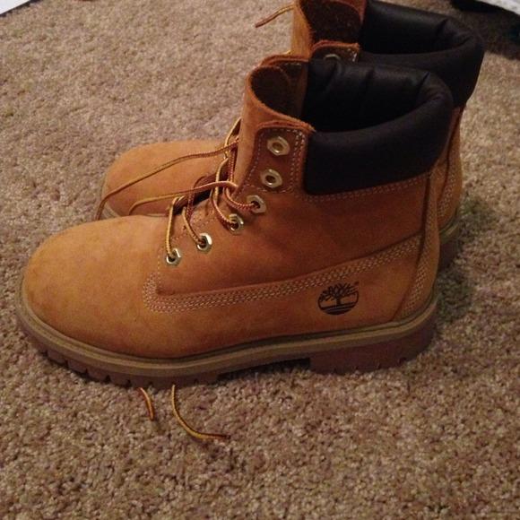 Men's 4 Women's 6 brand new Timberland boots