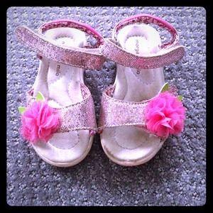 Morgan & Milo Shoes - Nordstrom girls sandal - for all ways of dressing