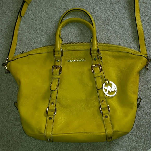 fb7395f5cdef Buy michael kors bedford yellow > OFF56% Discounted