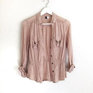 H&M Tops - H&M blush blouse