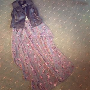 Brandy Melville Floral high/low Skirt