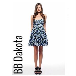 BB Dakota Dresses & Skirts - Floral BB Dakota Bustier Dress