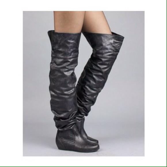 04a004ab656 NIB Black Thigh High Slouchy Boots. M 545bf39aa921af57f110cb7c