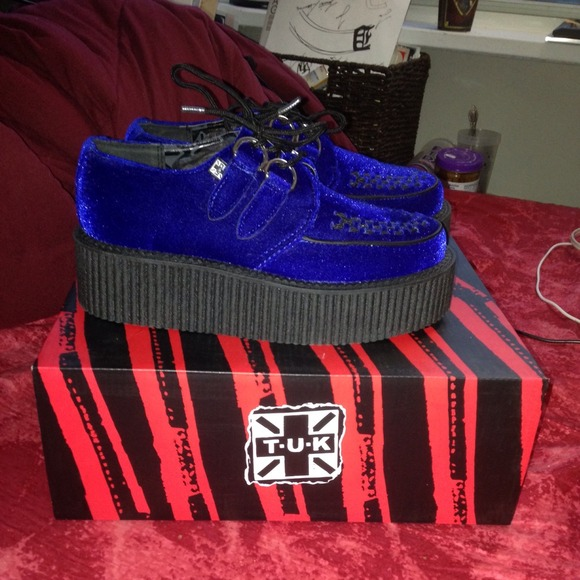 brand new c2fe0 587d4 TUK Blue Velvet Creepers😍