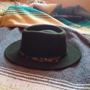 wool green brimmed hat