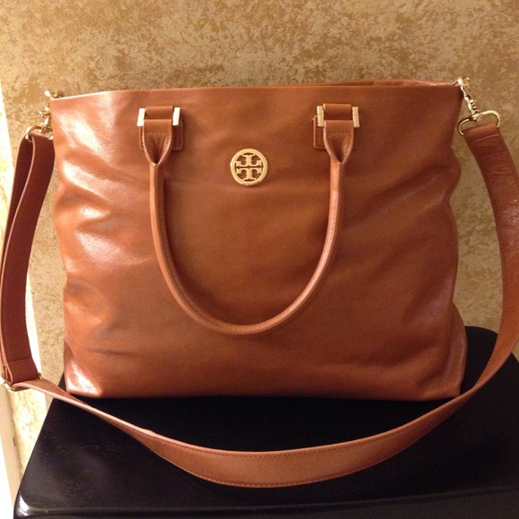8471e0ffe4c Tory Burch Bags | Dena Leather Tote In Luggage Color Nwt | Poshmark