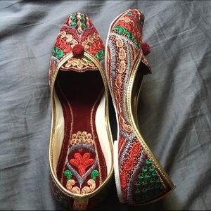 Shoes - Raving Red Jutti