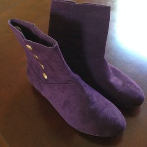Chinese laundry suede Purple bootie
