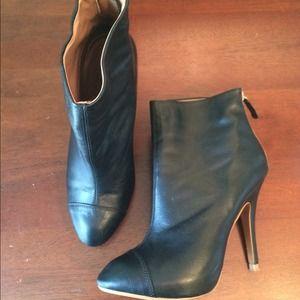 Zara Shoes - ❤️️Host Pick❤️Zara booties