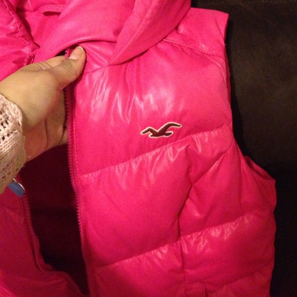 70% off Hollister Outerwear - HOT PINK HOLLISTER BUBBLE RAIN