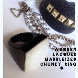 Nordstrom Jewelry - 🌙 wooden chunky lacquer marbleized Ring