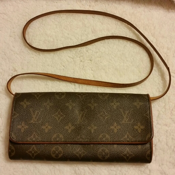 Louis Vuitton Handbags - Louis Vuitton Pochette Twin PM Crossbody Bag 3690aad1078e2