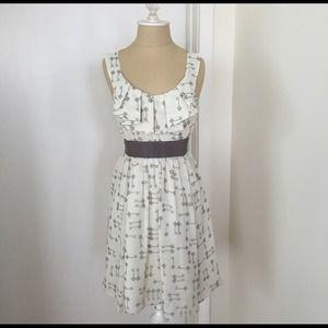 Ted Baker Dresses & Skirts - Ted Baker Key Print empire waist dress