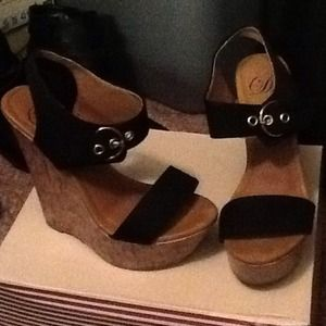 Black and Tan Wedges size 6.5