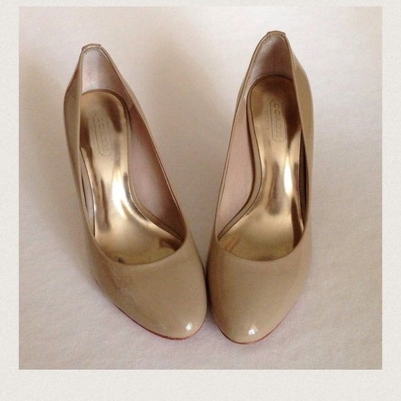 901be15f7f Coach Shoes   Nude Color Roundtoe Pumps Marked Down   Poshmark